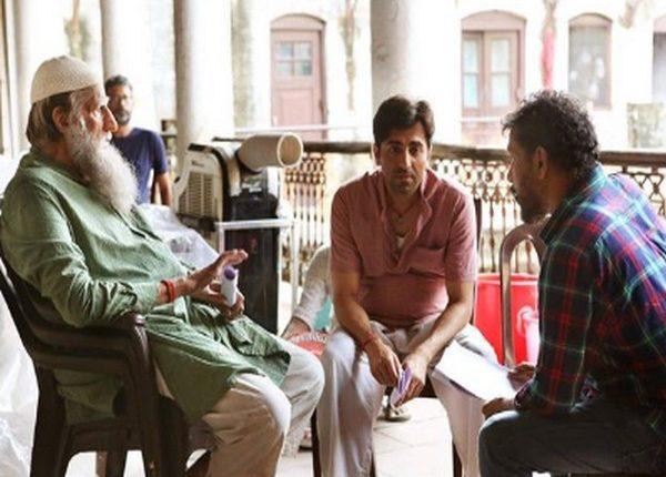 A behind the scene still featuring megastar Amitabh Bachchan, Ayushmann Khurrana and Shoojit Sircar from the sets of film